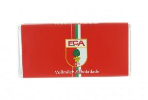 """Mit der Schokoladentafel des """"FC Augsburg"""" schmeckt's einfach besser"""