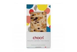 chocri Eiskaffeeschokoladentafel mit Cashewkerne, Karamell und Weizencrisps in der Verpackung