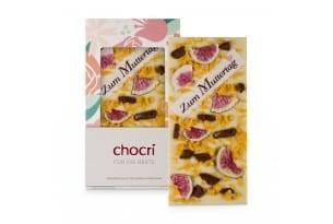 chocri weiße Schokoladentafel mit Orangencrunch,Feigen und Zuckeraufleger zum Muttertag in der Verpackung und einzelnd davor stehend