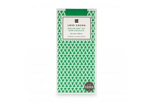 chocri / Love Cocoa preisgekrönte Zartbitterschokoladentafel mit Minze in einer grünen Verpackung