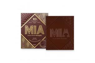 Zuckerfreie Schokolade 'Mia Dark 100%' Schokoladentafel ausgepackt