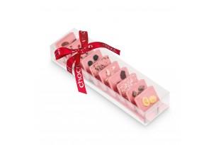 """chocri Erdbeerschokoladentafeln kleine Weltreise """"Süße Erdbeerwelt"""" mit sommerlichen Zutaten wie Erdbeeren in durchsichtiger Verpackung"""
