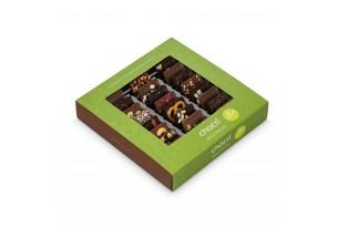 """chocri vegane Schokolade 'Vegolade' und Zartbitterschokoladentafeln Weltreise """"Vegan"""" in grüner Verpackung"""