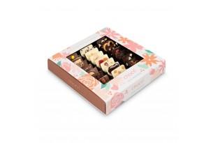 """chocri Schokoladenmix Weltreise """"Von Herzen"""" zum Muttertag in der Muttertagsverpackung mit Blumenmuster"""