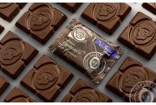 "Laurence ""Dunkle Schokolade ohne Zucker"" Mini-Schokoladen-Tafel | chocri Schokoladenshop"