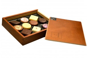 "Confiserie Coppeneur ""Elegance"" Pralinen-Box | In der Verpackung"