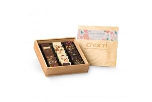 """chocri """"von Herzen"""" Mini-Schokoladen-Tafeln in Holz-Box offen"""