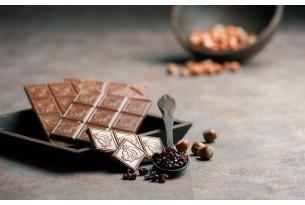 """Laurence """"Milchschokolade mit Haselnüssen & Rosinen"""" Schokoladen-Tafel"""