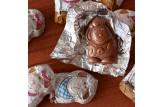 Confiserie Riegelein Mini Schoko-Lämmchen in Geschenk-Box im Detailansicht