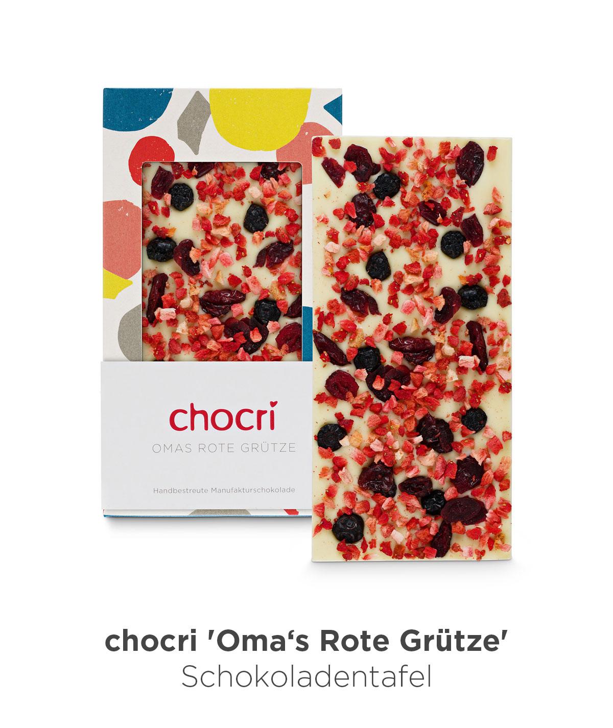 chocri 'Omas Rote Grütze' weiße Schokoladentafel mit Erdbeerscheiben, aromatischen Heidelbeeren und süß-sauren Cranberries