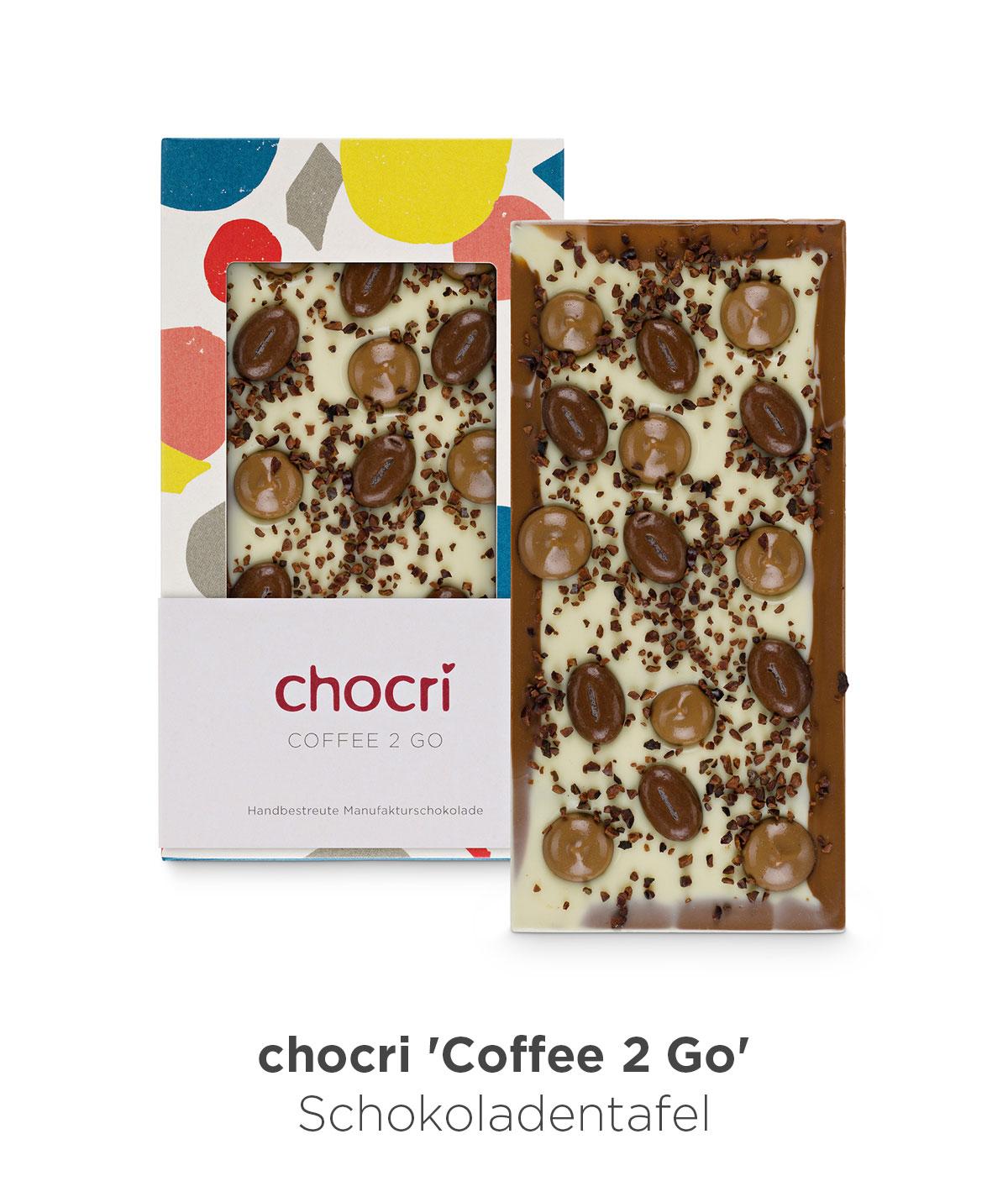 chocri 'Coffe 2 Go' Weiße und Vollmilch Schokoladentafel mit Cappuccino-Schokotropfen, Mokkabohnen und Kakaobohnensplitter