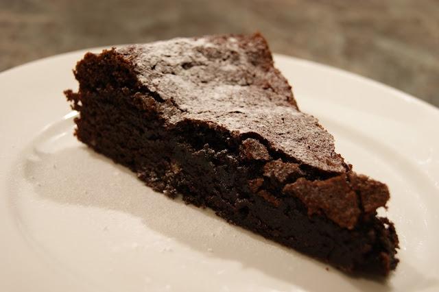 Schokoladenkuchen © https://www.trytocook.org/2012/03/der-weltbeste-schokokuchen.html
