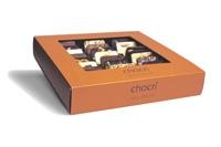 Der chocri-Bestseller 'Weltreise' mit 24 handbestreuten Mini-Schokoladen-Tafeln präsentiert sich jetzt obenrum modern und transparent'