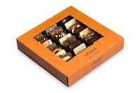 Die Weltreise von chocri mit 24 köstlichen und von Hand gemachten Mini-Schokoladentafeln bestreut mit edlen Zutaten in einer schönen Geschenkbox